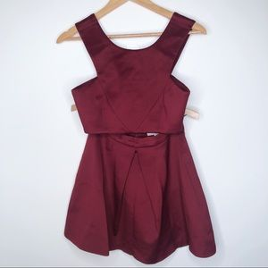 L'atiste Two Piece Set Maroon Size Small